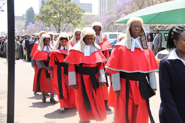 judges-procession-1