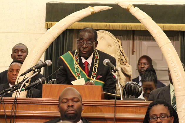 president-mugabe-officiates-at-the-8th-parliament