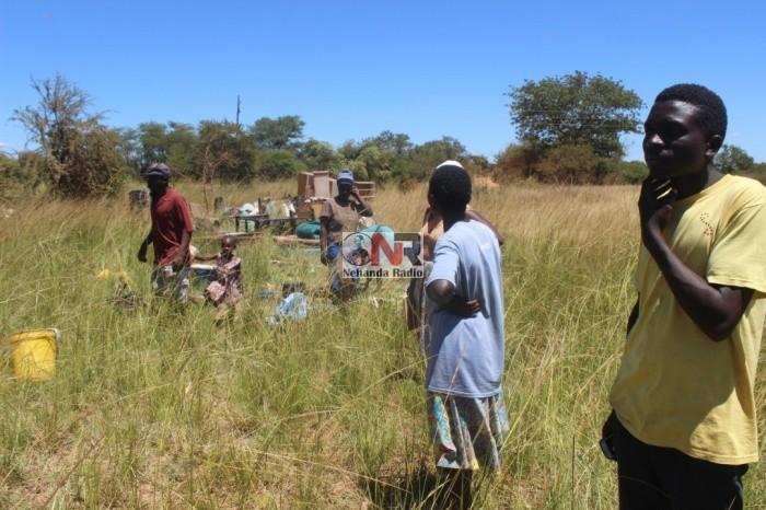 Zimbabwe: Riot Police Storm Farm, Throw Out White Farmer